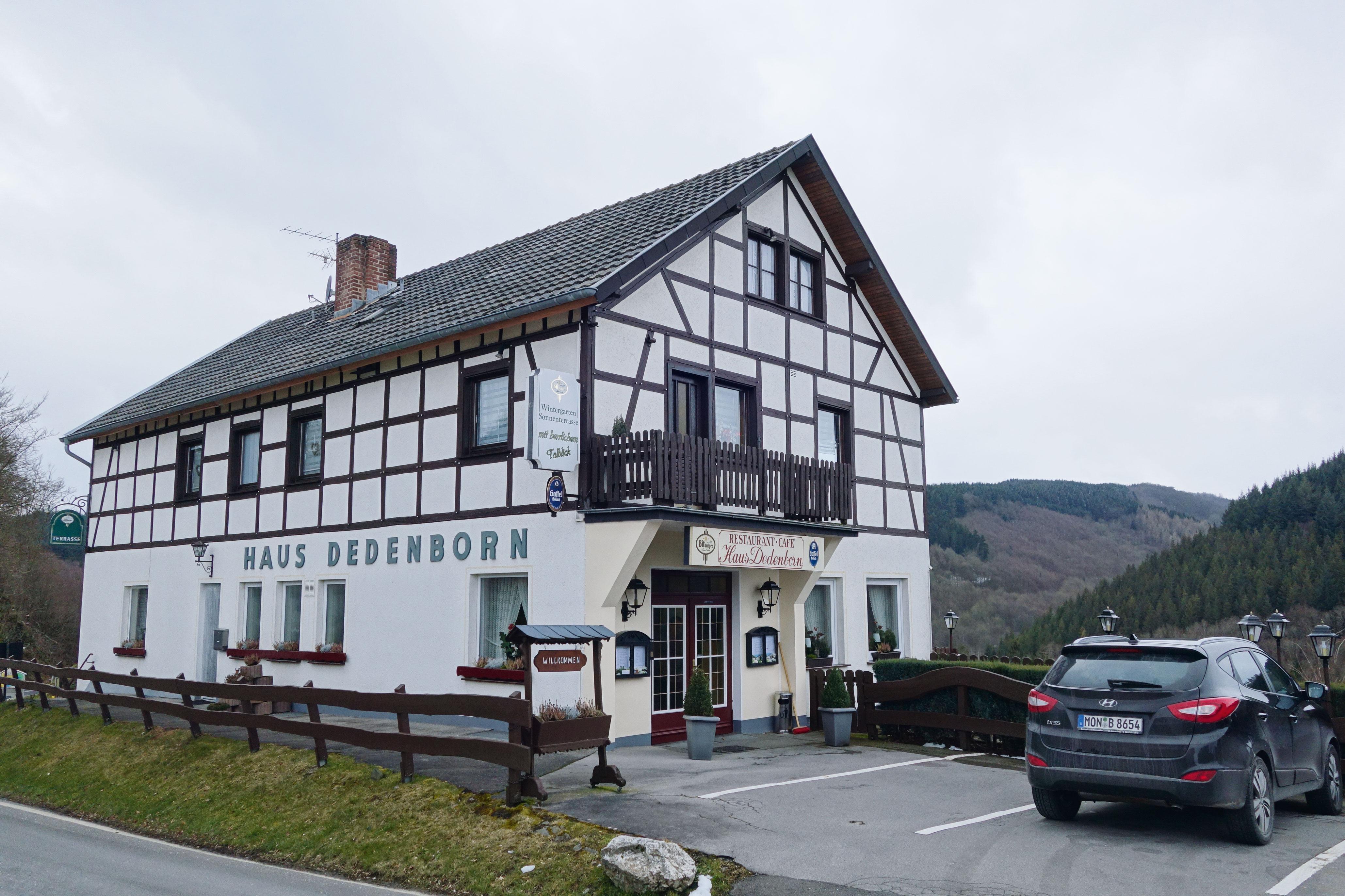 Haus-Dedenborn_simmerath_Außenansicht